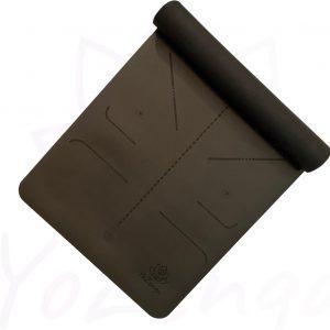 YoZenga yogamat rubber Lotus Black   extra breed   inclusief gratis draagriem