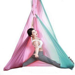 Zen Aerial Yoga Hammock Silk - lente kleur Hangmat - eco gradient design sport yoga swing - zwangerschaps yoga doek swinging - aerial yoga doeken - trapeze accessoires - spring pilates aereal silks - thuis workout set - 2.8 * 4 m 300 KG draagkracht